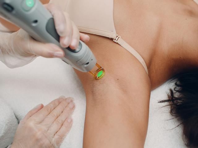 Dr Lim explains IPL & Laser Hair Removal Treatment – What you NEED to know before your first session Body