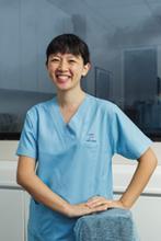 Dr Sandra, Chu - Dentist